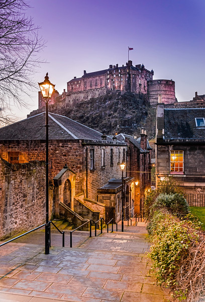 The Vennel at Twilight - Spectacular Edinburgh Photography