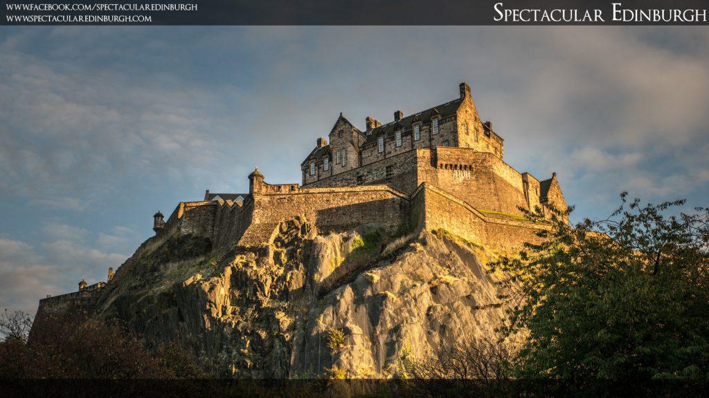Wallpaper 1 - Evening Sun on Edinburgh Castle - Spectacular Edinburgh Photography