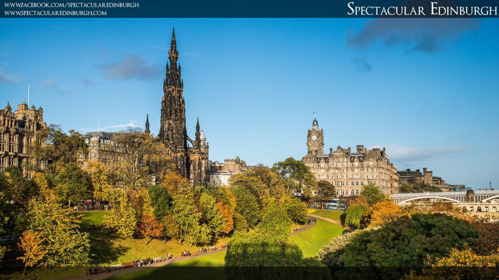 Wallpaper 7 - Princes Street Gardens in the Autumn - Spectacular Edinburgh Photography