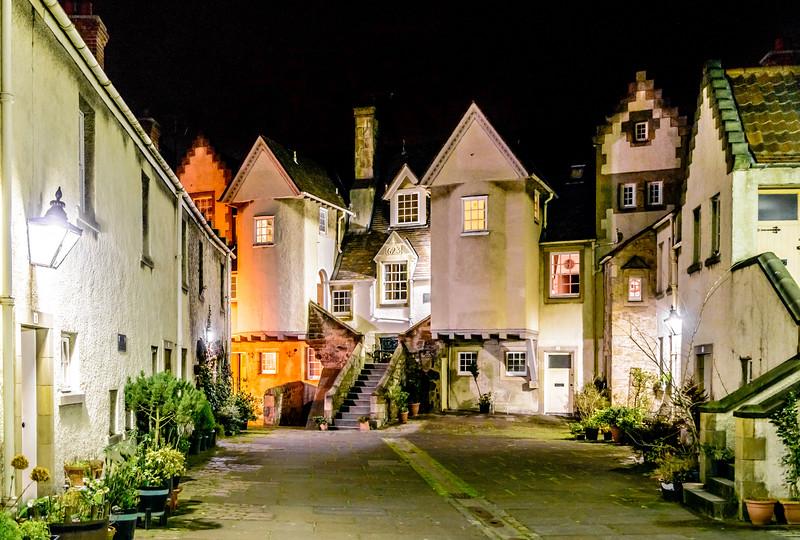 White Horse Close at Twilight - Spectacular Edinburgh Photography
